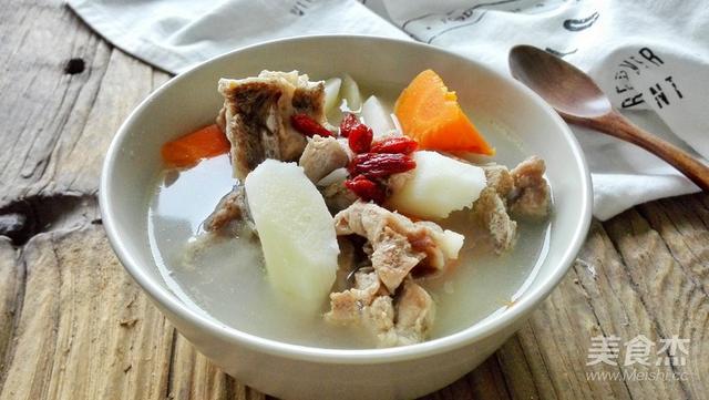 山药排骨汤的做法,养胃营养高